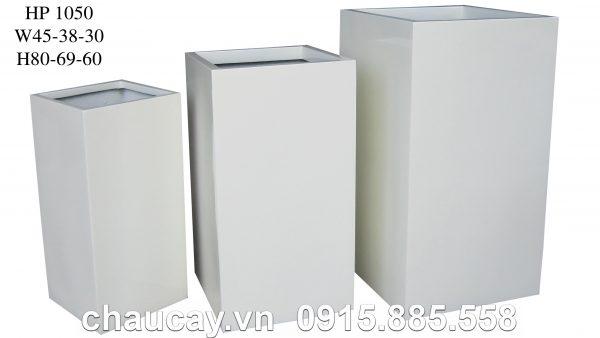 chau-trong-cay-composite-hau-phat-tru-vuong-hp-1050-trang-mo