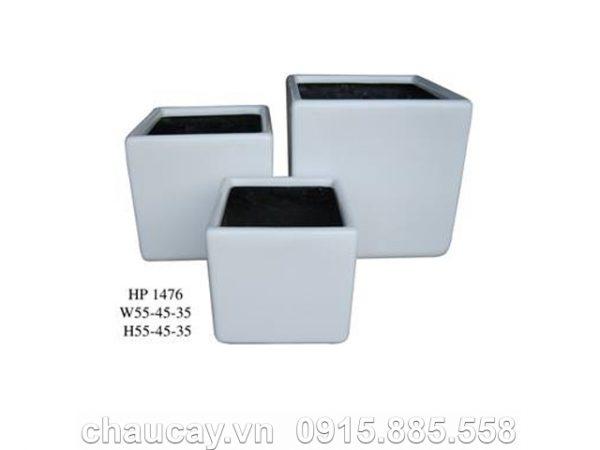 chau-trong-cay-composite-hau-phat-vuong-thap-hp-1476-trang-mo